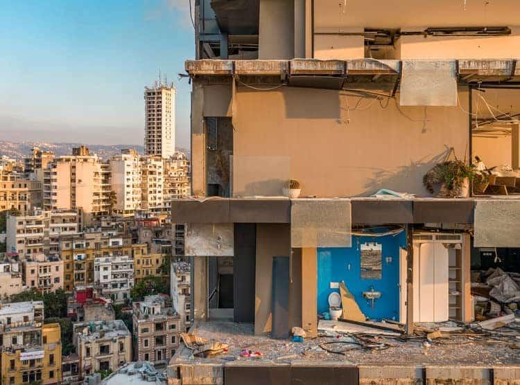 بازسازی ساختمان در پاسداران